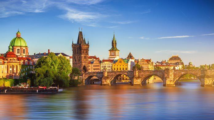 Sobotni spacer po Pradze – targowiska i pchle targi